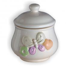 Jar mit Schmetterling