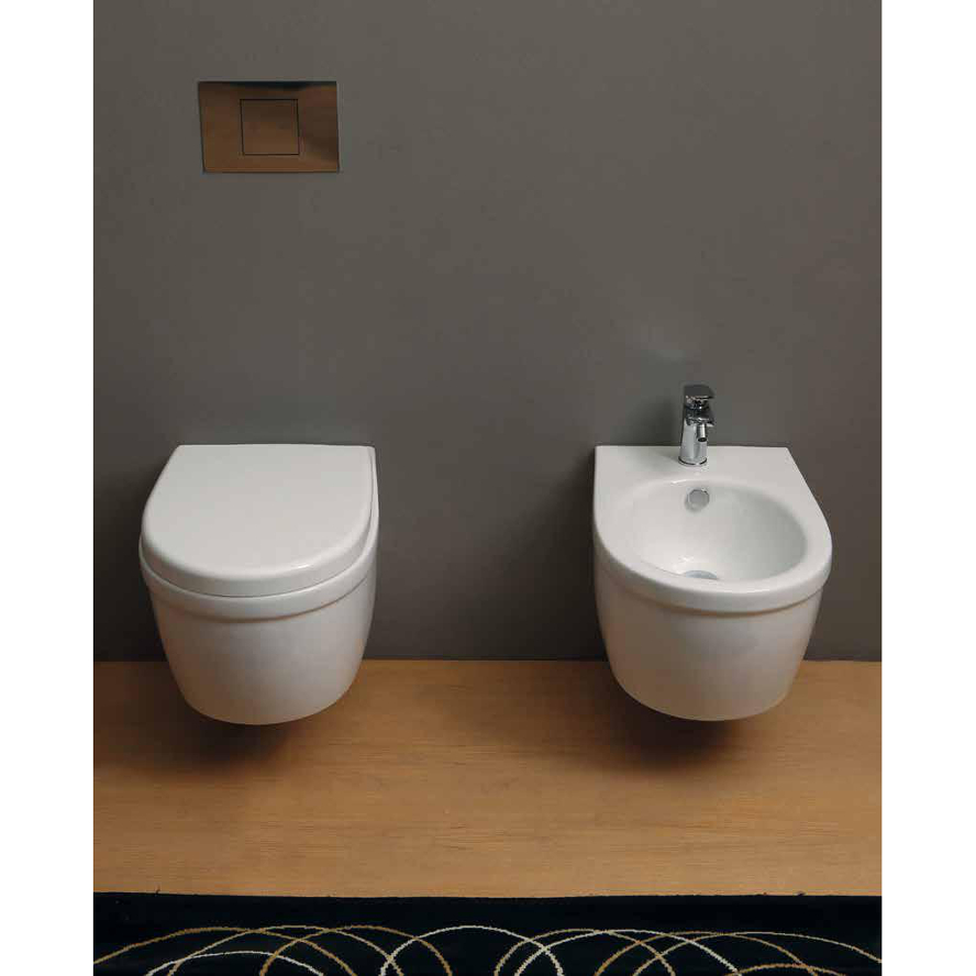 Wand-hing wc und bidet Young